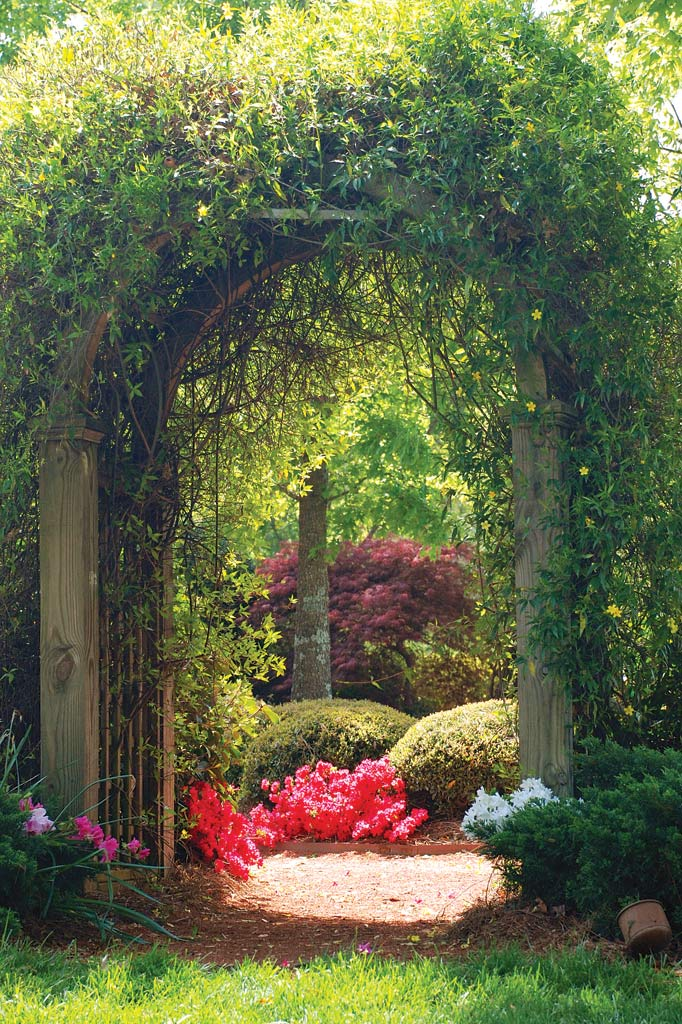 Secret rooms gardens and hidden appliances atlanta for Landscaping your garden