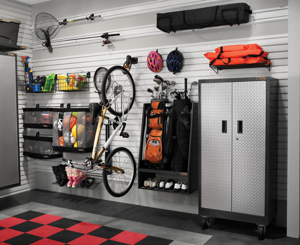 Great garages from the door to floor atlanta home for Great storage