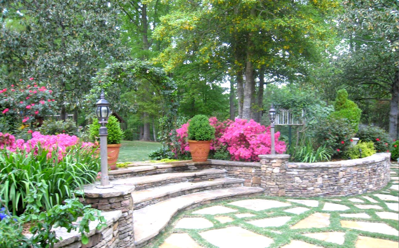 Solterra landscape atlanta home improvement for Home garden design atlanta