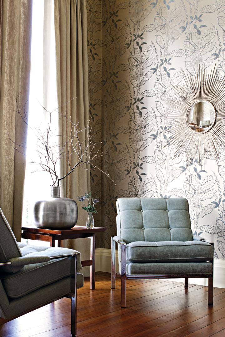 Living with elegant metallic wallpaper