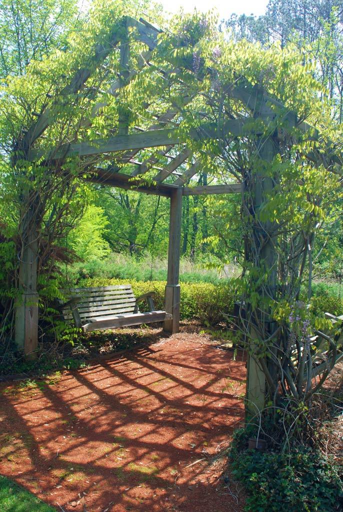 Secret rooms gardens and hidden appliances atlanta for Rooms gardens