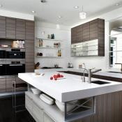 Kitchen with clean lines, contemporary style