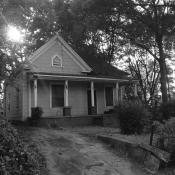 Before photo of Queen Anne Cottage house