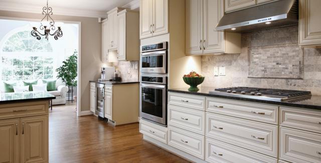 2014 CotY Award Winner - Kitchen 30,000 to $60,000 - Atlanta Design Build