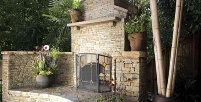 stone_outdoor_fireplace
