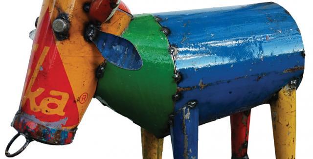 Scrap Metal bull sculpture from Love Street