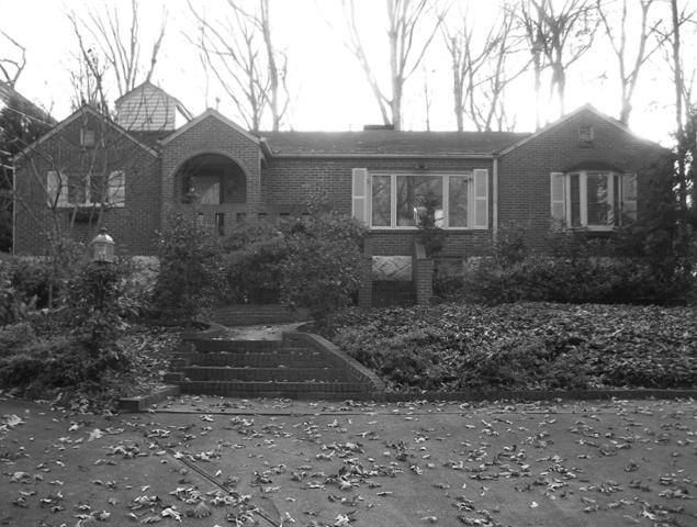 Before front view of house exterior