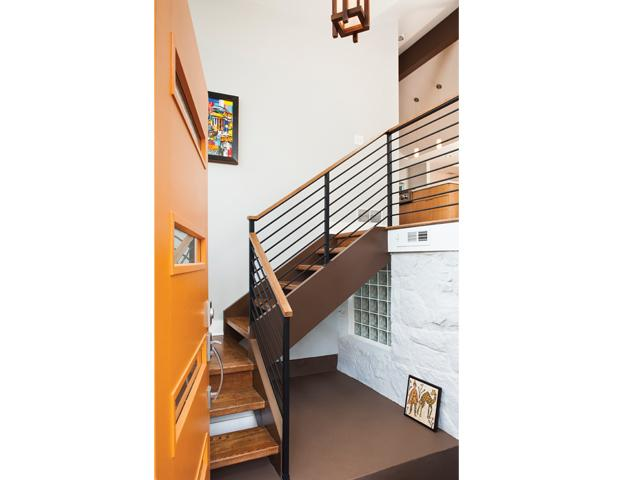 Updated staircase connecting floors