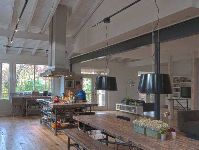Updated spacious kitchen